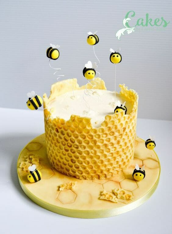 Honey Comb & Bees Cake